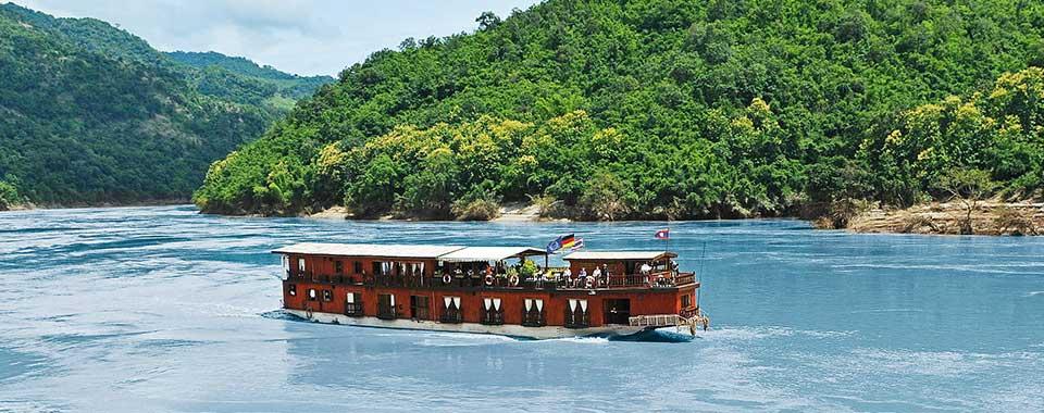 Mekong Nehri Gemi Turu